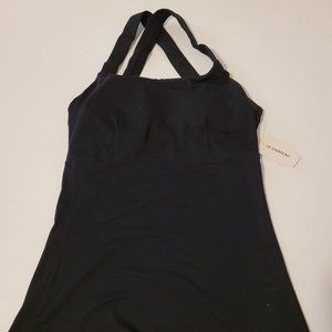Le Chateau Lotus Athletic Activewear Tank Tops XS
